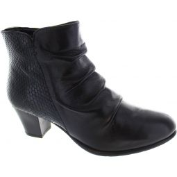 Punata Ankle Boots