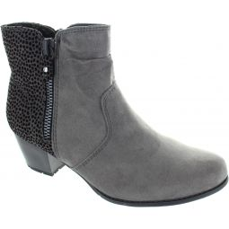 8-25370-27 206 Ankle Boots